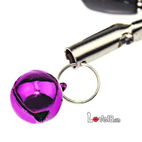 Bộ Kẹp Vú Có Đeo Bi BZ08 thiết kế nhỏ gọc, có chuông gắn trên tạo âm thanh vui tai